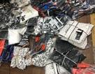 """Đột nhập """"thánh địa"""" hàng nhái nơi bán áo Dior 60 nghìn đồng"""