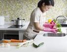 Tiền lương và BHXH của người giúp việc gia đình tính ra sao?