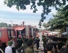 Dùng rìu phá cửa cứu ngôi nhà vắng chủ bốc cháy giữa trưa