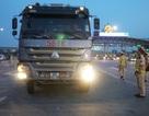 Lái xe tải chống đối, hất văng gậy chỉ huy của CSGT trên cao tốc