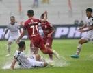 Thắng kịch tính SHB Đà Nẵng, CLB TPHCM giữ chặt ngôi đầu V-League