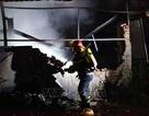 Hà Nội: Cháy lớn tại xưởng nhựa, khói đen bốc cao hàng chục mét
