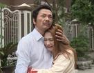 """""""Về nhà đi con"""": Cả đoàn phim bật khóc trước cảnh ông Sơn đến nhà Vũ đón Thư về"""