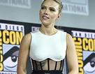 Scarlett Johansson khoe hình xăm khủng