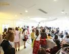Xếp hàng dài tại sự kiện khai trương viện thẩm mỹ  chuẩn Quốc tế