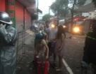 Hà Nội: Cứu sống phụ nữ đang mang bầu mắc kẹt trong ngôi nhà cháy