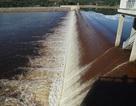 Kiểm tra ô nhiễm bất thường tại đập dâng thủy lợi ngàn tỷ