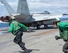 Chiến đấu cơ diễn tập trên tàu sân bay Mỹ ở Biển Đông