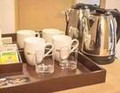 Kinh hoàng: Nữ du khách lấy ấm siêu tốc trong khách sạn để giặt đồ lót