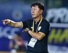 Bị HLV Chung Hae Seong chỉ trích, Ban trọng tài VFF lên tiếng về quả phạt đền