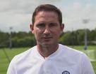 HLV Lampard hé lộ phương án để đánh bại MU