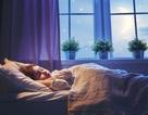 Khoa học cùng với bé: Vì sao chúng ta không ngã khỏi giường khi đang ngủ?