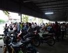 """Vụ chủ doanh nghiệp Đài Loan """"mất tích"""": Công nhân đội nắng, mưa chờ tin"""