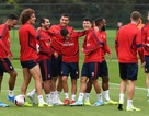 Ozil, Kolasinac trở lại sẵn sàng sát cánh cùng Arsenal