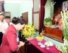 Chủ tịch Quốc hội dâng hương, tưởng niệm Chủ tịch Hồ Chí Minh tại Nhà 67