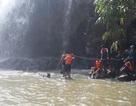 Tìm thấy thi thể 3 thanh niên bị cuốn trôi khi tắm thác