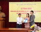 """Đoàn phim """"Về nhà đi con"""" được trao tặng bằng khen của Bộ Văn hoá"""