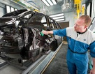 Các nhà sản xuất ô tô có nhà máy tại Mỹ như ngồi trên lửa vì mức thuế mới