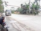 Người dân lập rào chặn xe chở đất đá gây ô nhiễm
