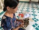45 năm sau ngày gửi con đi Mỹ, nữ lao công trường học cạn sức tìm kiếm