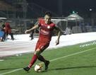 Lội ngược dòng thắng SL Nghệ An, TP HCM không từ bỏ cuộc đua vô địch