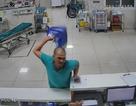 Công an tạm giữ người đàn ông say xỉn, hành hung nhân viên y tế tại khoa cấp cứu