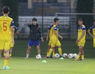 Đội tuyển Việt Nam bỏ dở buổi tập vì mưa to và sấm chớp