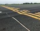 """Bộ Giao thông xin sửa chữa """"khẩn cấp"""" đường băng sân bay Nội Bài, Tân Sơn Nhất"""