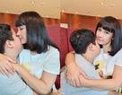 Diễn viên Việt Trinh hạnh phúc bên con trai trong kỳ nghỉ lễ