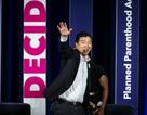 Doanh nhân trẻ tranh cử Tổng thống Mỹ: Tất cả người Mỹ sẽ được phát 1000 USD/tháng