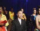 30 chiếc nón dát vàng cùng di sản Việt mở màn New York Couture Fashion Week