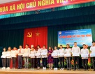 Hưng Yên: Trao 25 suất học bổng cho sinh viên nghèo vượt khó