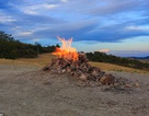 Núi lửa nhỏ nhất thế giới chỉ cao vỏn vẹn hơn 1m, cháy âm ỉ gần trăm năm