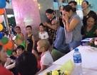 Hình ảnh bữa tiệc Trung thu của em bé ung thư khiến dân mạng rơi  nước mắt