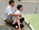 Chồng gào khóc bên người vợ mang thai bị xe tải cán tử vong
