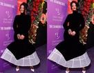 Rihanna sành điệu với váy lạ mắt