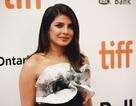 Priyanka Chopra trẻ đẹp với váy xếp tầng