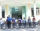Tỉnh đoàn Quảng Bình trao xe đạp tiếp sức học sinh nghèo đến trường