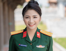 """Nụ cười tỏa nắng của """"bông hồng thép"""" ngành quân y"""