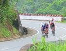 VĐV xe đạp 73 tuổi người Thái Lan gặp tai nạn ở đường đua mạo hiểm Coupe de Huế