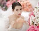 Kỉ niệm một năm ngày cưới, Nhã Phương tung ảnh mặc váy cưới… một mình