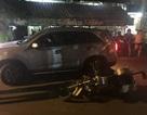 Tài xế ô tô tông thẳng vào xe của cảnh sát giao thông
