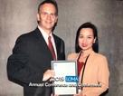"""Vinh danh """"Nữ đại sứ bảo hiểm"""" nhận giải thưởng học thuật bảo hiểm quốc tế"""