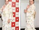 Miranda Kerr xinh đẹp với kimono
