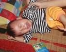 Tiếng khóc xé lòng của bé trai 15 tháng tuổi đã sớm mắc bệnh u gan
