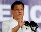 """Tổng thống Philippines tuyên bố """"cự tuyệt"""" vũ khí Mỹ"""