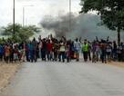 Dân Zimbabwe quay cuồng vì nền kinh tế sắp sụp đổ