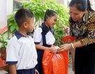 """Báo Dân trí đem """"Xuân Ấm Áp"""" đến với học sinh, giáo viên và người dân nghèo tỉnh Đồng Nai"""