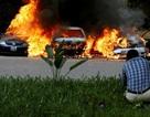 Khách sạn sang trọng chìm trong khói lửa do bị khủng bố, 15 người chết