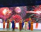 Sinh viên nước ngoài tưng bừng tham gia tìm hiểu phong tục Tết Việt